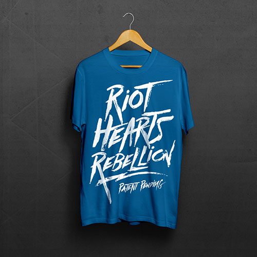 Riot Hearts Text – Tee